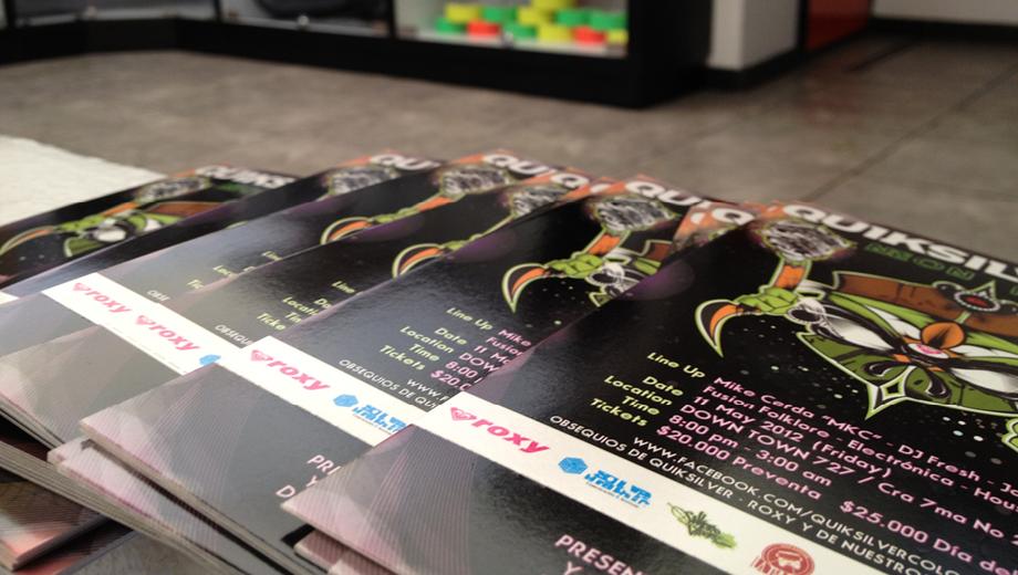 Postcard Quiksilver Neon Party